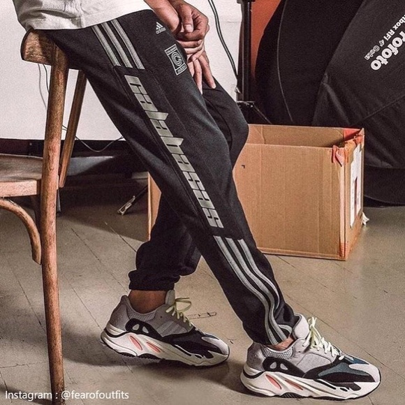 adidas yeezy calabasas track